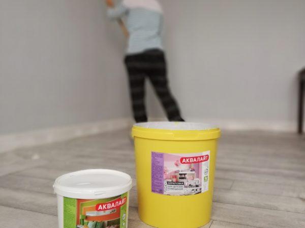 Покраска красками АКВАЛАЙТ детской комнаты